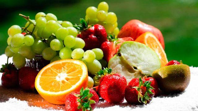 Какие фрукты можно кормящей маме новорожденного
