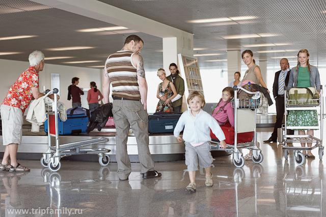 Перелет с ребенком до года - простые советы родителям