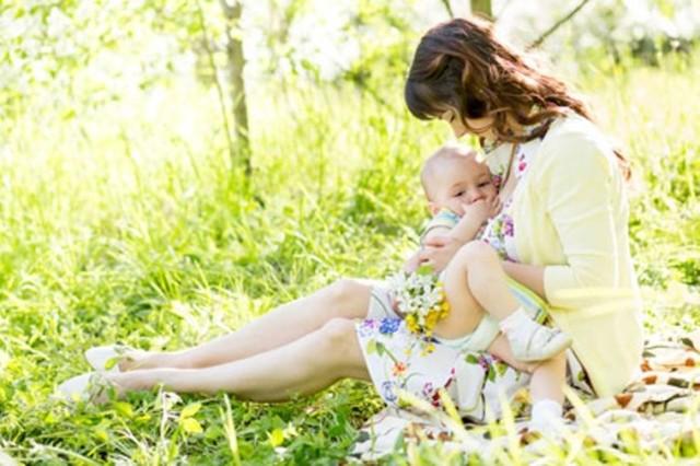 Почему грудничок отказывается от грудного молока
