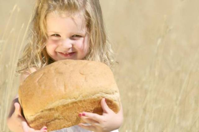 Когда ребенку можно давать хлеб и можно ли давать его грудничку