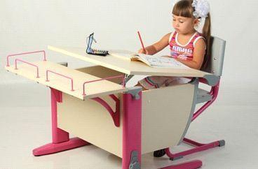 Как выбрать стол для первоклассника