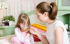 Сильный кашель у ребенка: что делать: как лечить