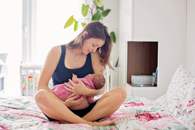 Сколько смеси должен съедать новорожденный