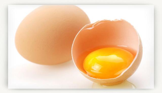 Когда можно давать яйцо ребенку? Несколько правил ввода этого прикорма.