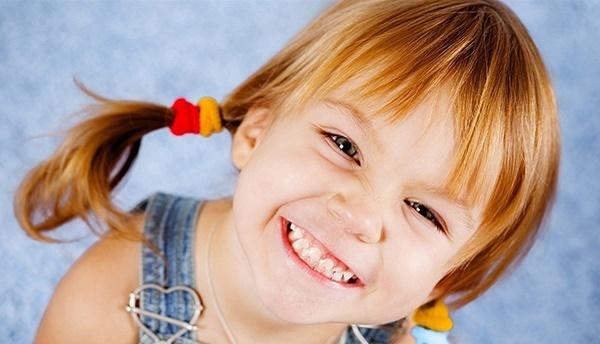 Как растут и развиваются молочные зубы у детей, подробная статья и видео