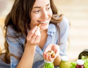 Какие орехи можно при грудном вскармливании