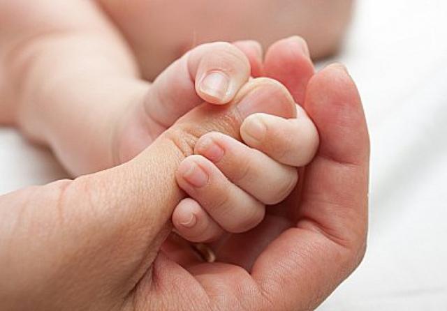 Безусловные рефлексы новорожденных - хоботковый, хватательный, бабкина