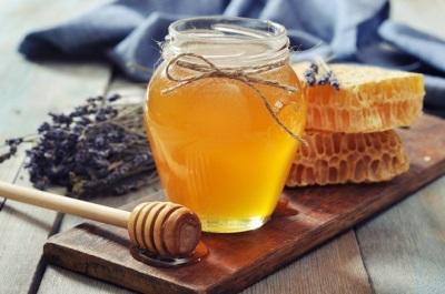 С какого возраста можно давать ребенку мед, можно ли мед детям до года