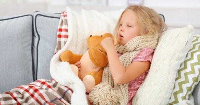 Лечение кашля у детей народными средствами: быстро и эффективно