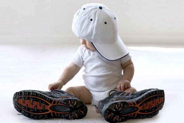 Развитие ребенка по месяцам до года: советы, фото, видео