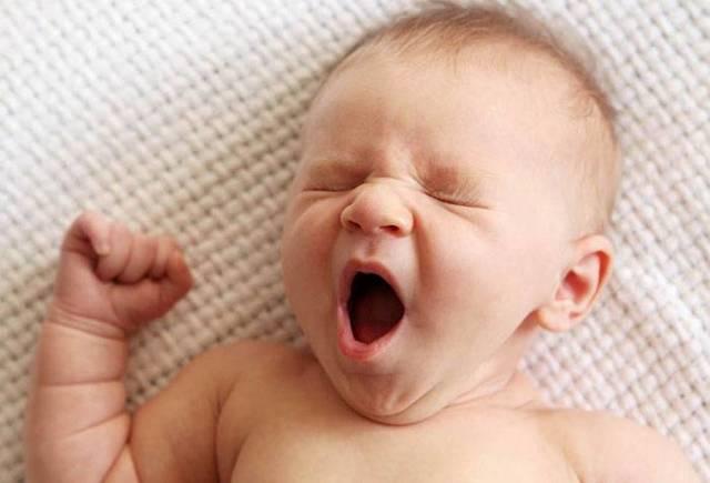 Режим дня 5 месячного ребенка. Талица разпорядка дня малыша в 5 месяцев