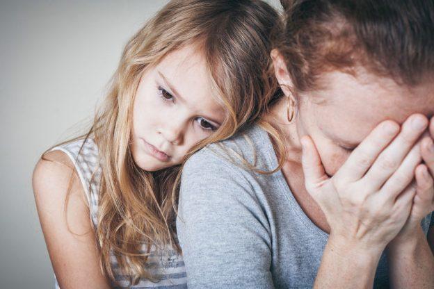 Можно ли бить ребенка по попе,почему нельзя бить детей