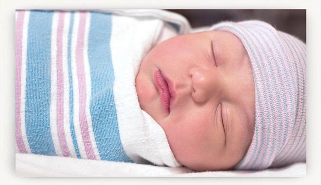 Как правильно пеленать новорожденного ребенка (картинки)