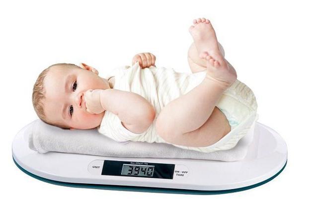 Сколько должен набирать вес новорожденный - таблица