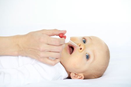 Что делать если заложен нос у новорожденного - простые советы