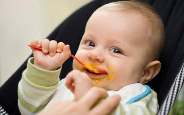 Кукурузная каша для ребенка 1 года - польза, вред, возможная аллергия