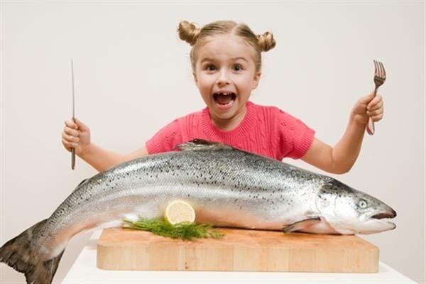 Какую рыбу можно давать ребенку до года